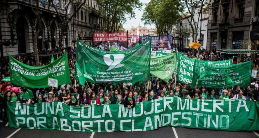 Legalización del aborto: el proyecto de ley que permite interrumpir el embarazo hasta la semana 14