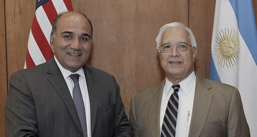 Manzur fue recibido por el embajador de Estados Unidos