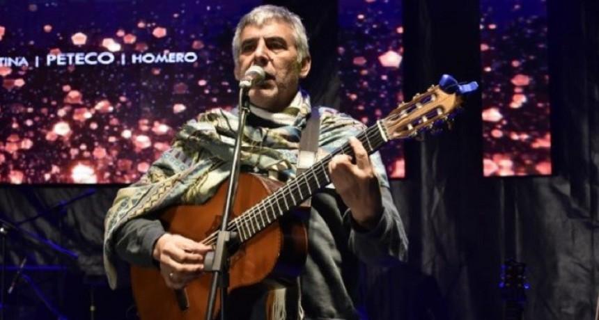Peteco cerró las fiestas patronales taficeñas ante una multitud