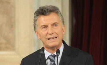 Mauricio Macri anunció la reducción de un 25% de los cargos políticos del Poder Ejecutivo nacional