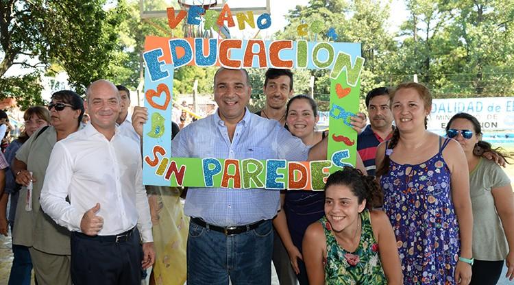 Manzur acompañó a más de 400 alumnos en una jornada recreativa