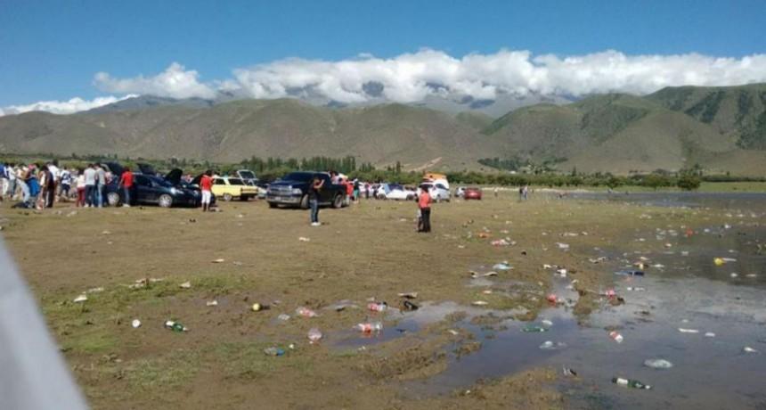 El Mollar: resolvieron que en el dique La Angostura no se podrá vender ni consumir alcohol