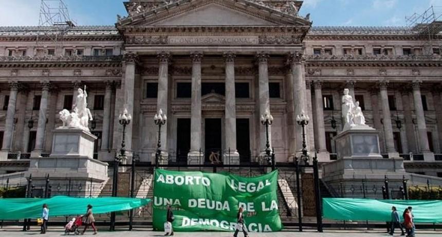 Aborto: arranca debate por despenalización, marchas a favor y en contra