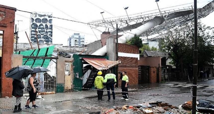 Destrozos e inundaciones: las imágenes más fuertes del temporal en Buenos Aires