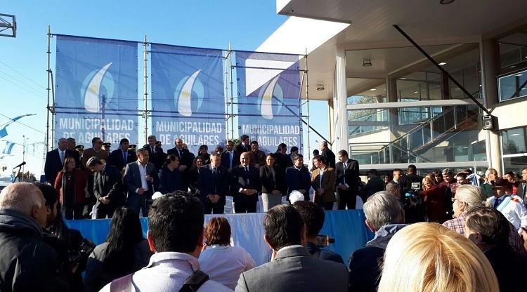 Terminal de Aguilares ordenará el tránsito y será centro comercial