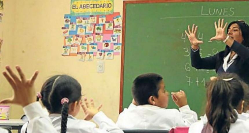 Analizan el regreso a clases en escuelas del interior del país