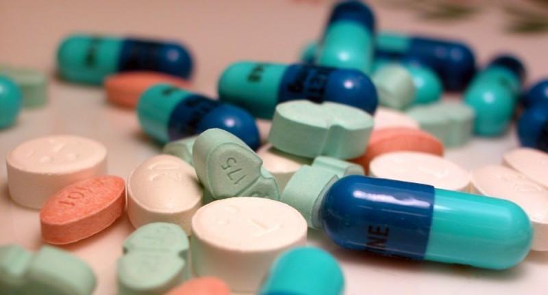 Alertan que medicamentos para VIH y hepatitis C subieron 42%