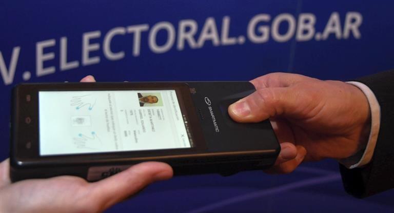 Debutará en seis provincias de frontera prueba de identificación biométrica