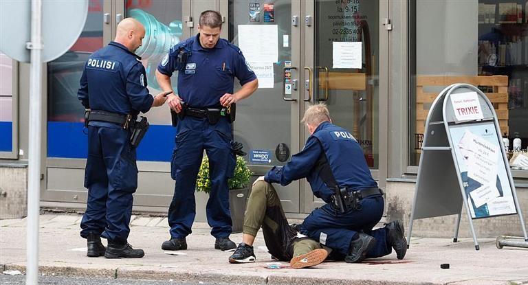 Crece la conmoción en Europa: tres nuevos muertos por ataques con cuchillos en Alemania y Finlandia