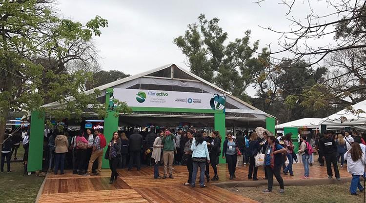 Más de 10 mil personas participan del Foro Climatico