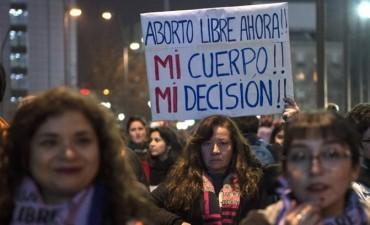 Congreso de Chile aprobó emblemática ley para despenalizar aborto