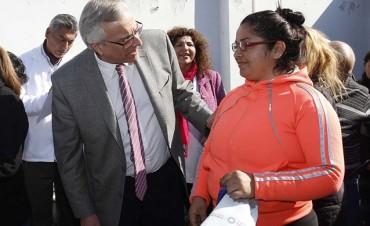 Pacientes del CAPS Eva Duarte recibieron sus anteojos recetados