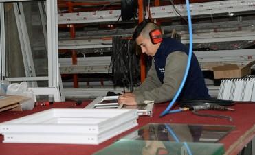 Empresa de Alderetes es líder en fabricación de aberturas