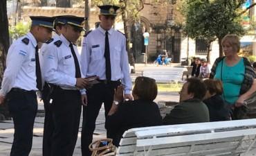 Futuros policías inician prácticas de acercamiento a la gente