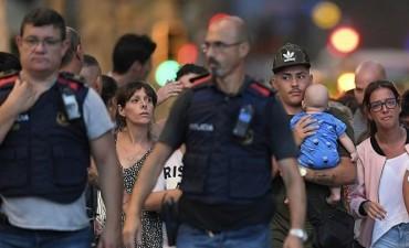 Hay dos argentinos entre los heridos por el atentado en Barcelona