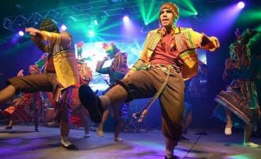 Estudiantes realizaron gran festival de folclore en Tafí Viejo