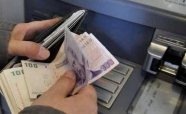 El martes comienza el pago del 20% de los sueldos a estatales