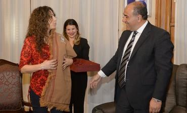 Manzur recibió a la cantante Patricia Sosa en Casa de Gobierno