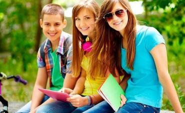 Los más populares de la escuela son menos felices
