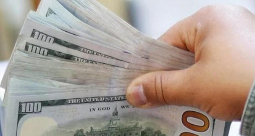 Dólar blue hoy: a cuánto trepó este miércoles 19 de agosto