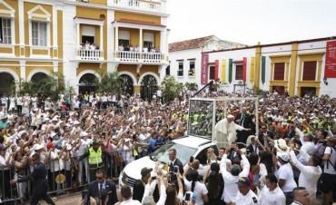 El Papa cierra su visita a Colombia con un mensaje a los pobres y a solucionar crisis venezolana