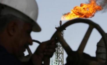 """Tierra del Fuego: confirman hallazgo de """"superpozo"""" de petróleo"""