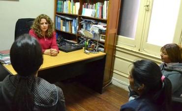 La Secretaría de Derechos Humanos revisa causas judiciales vinculadas a mujeres