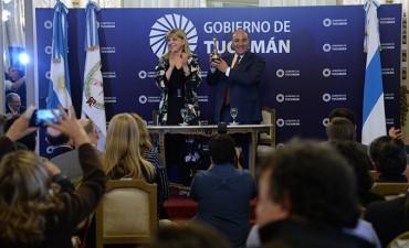 "Manzur: ""Teté Coustarot nos ayudó a mostrar Tucumán al mundo"""