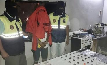 Detienen a un hombre por venta de drogas en Alderetes
