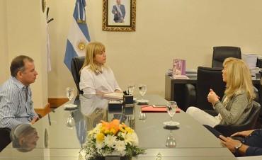 Quieren que Tucumán se integre a grupos de trabajo europeos