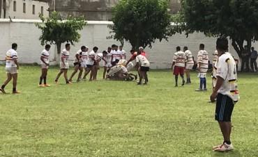 Natación y Gimnasia jugó al rugby con internos de Villa Urquiza