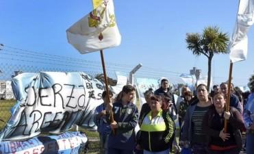 Más de 500 personas se movilizaron para apoyar a los familiares del ARA San Juan