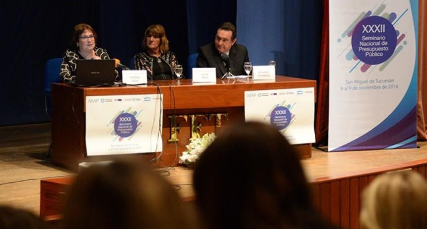 Economistas debaten sobre presupuesto público en Tucumán