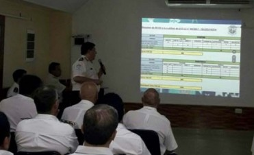 Comerciantes y policías trabajan en operativos preventivos