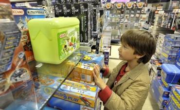 Navidad: qué juguetes pueden acarrear peligros para los niños